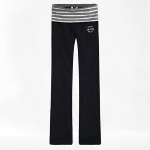 Gilly Hicks Yoga Classic Stretch Pants